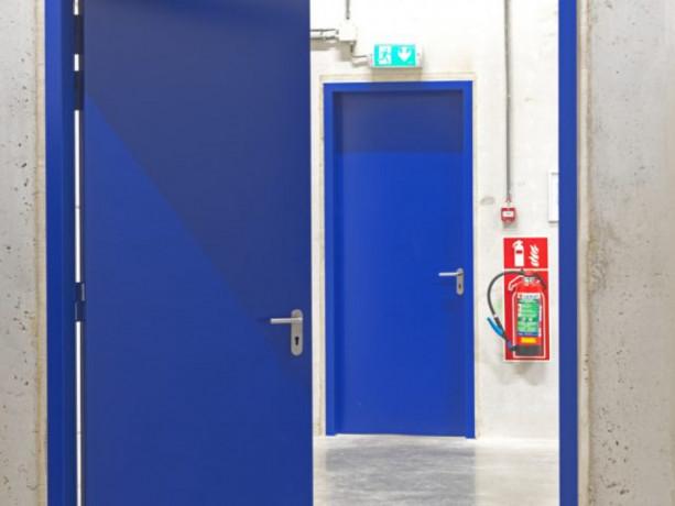 monter-drzwi-stalowych-big-0